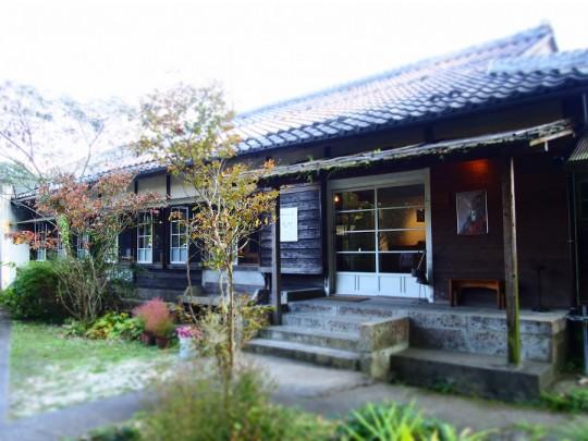 甲賀の丘に佇む木工ギャラリー&パティスリー